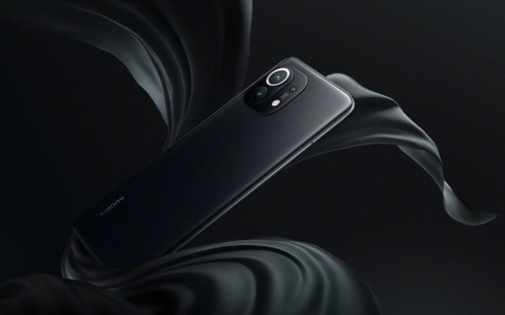 Xiaomi Mi 11 in Black color